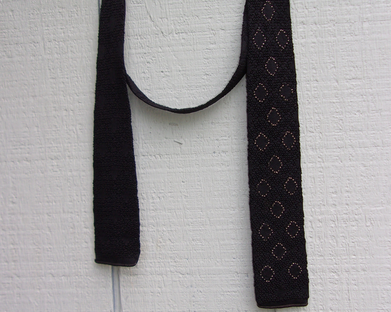 History of 1920s Men's Ties, Neckties, Bowties Vintage 30S To 1940S Swing Era Mens Tie By Cohama California Swagger in Gray  Dark Navy Blue4 Wide $44.00 AT vintagedancer.com