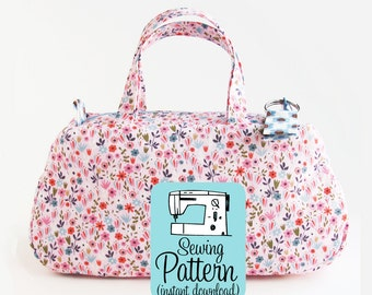Clover Make Up Bag PDF Sewing Pattern | Sew a small handbag, mini purse, or makeup bag with this intermediate sewing project tutorial.