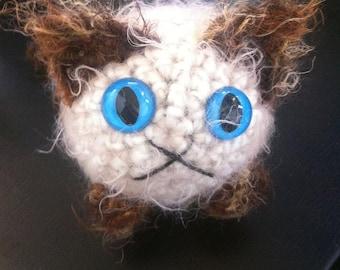 Crocheted plush siamese kitty