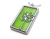 Clover - stained glass pendant (1175)
