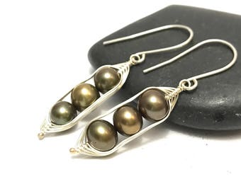 Pea pod pearl earrings //  Choose your pea count, peas in a pod with bronze fresh water pearls, pea pod jewelry