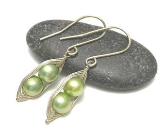 Pea pod pearl earrings //  Choose your pea count, peas in a pod with green fresh water pearls, pea pod jewelry