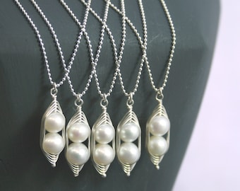 Bridesmaids gift necklaces //  Peas in a Pod pendant necklace, white pearls pea pod wedding jewelry  // great gift for mom