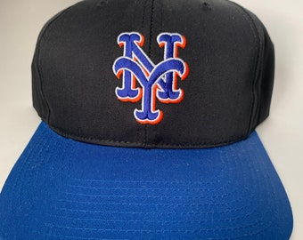 a304a576 NY Mets New York Cap Snapback Baseball Hat Vintage MLB Deadstock Twins