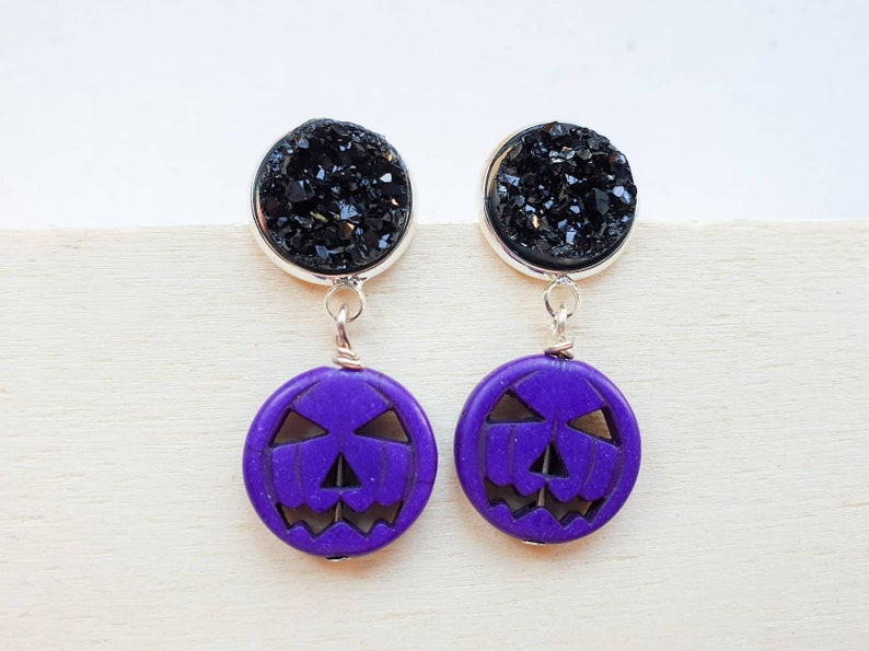 Pumpkin Halloween Jack O Lantern earrings with faux druzy image 0