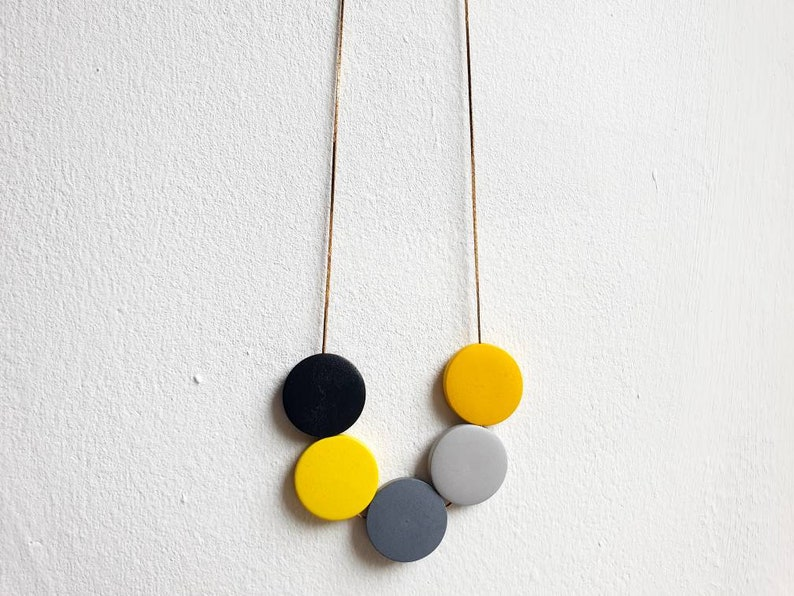 Long chunky wooden bead necklace yellow grey and black on image 0