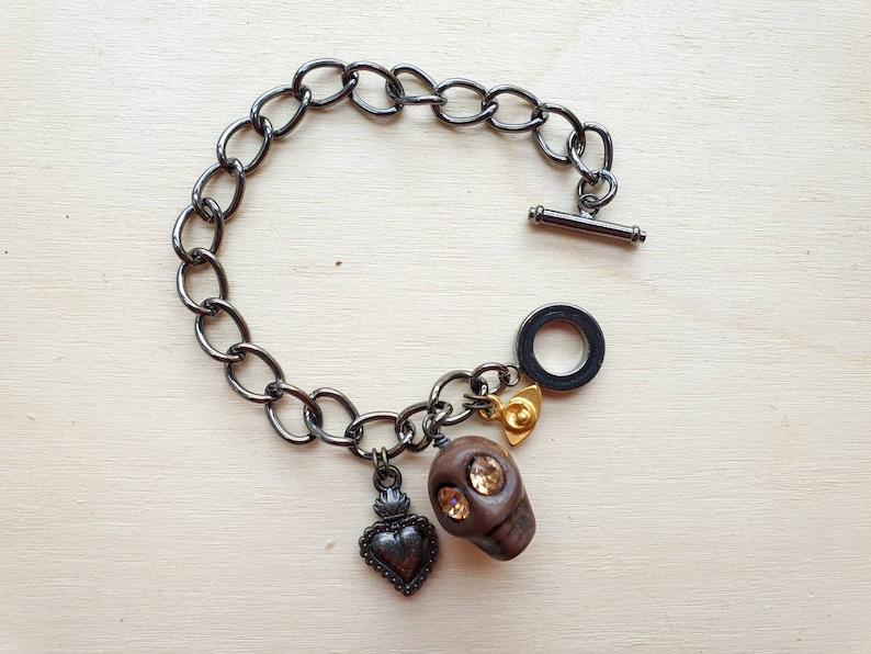 Sacred heart Evil Eye Minimalist Charm Bracelet with Deep image 0