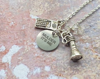 """Mulder, it's me necklace 