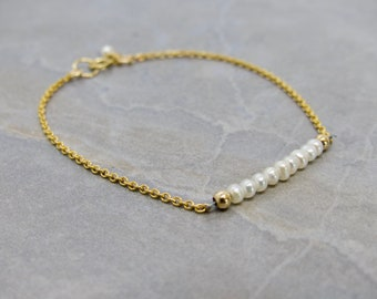 Dainty Pearl And Gold Chain Bracelet, Simple Pearl And Chain Bracelet, Gold Chain Pearl Bracelet, Talia Serinese Jewelry