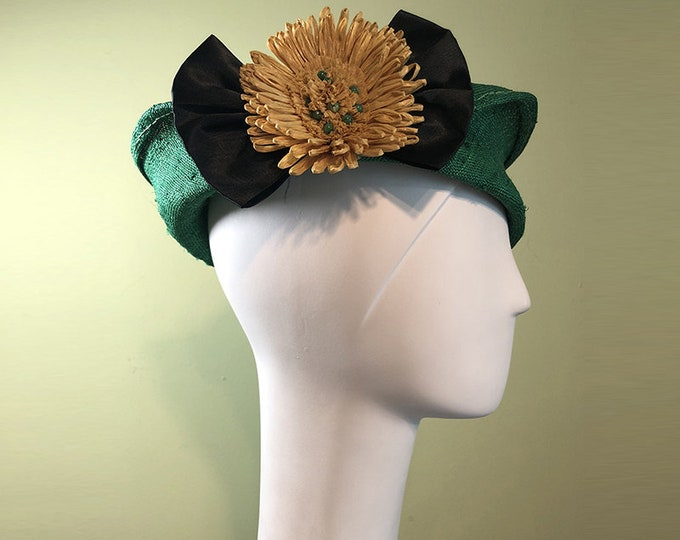 Green Straw Cloche - Green Straw Hat with Vintage Yellow Raffia Flower - Spring Summer Straw Women's Hat - Women's Derby Ascot Hat - OOAK