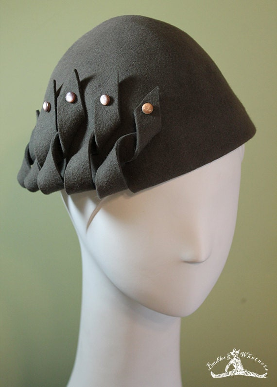 Gray Sculptural Hat - Gray Hand Blocked Wool Hat - 1930s Style Hat - Dark Gray Wool Hat - Gray Women's Hat - Gray Beanie Cloche Hat -  OOAK