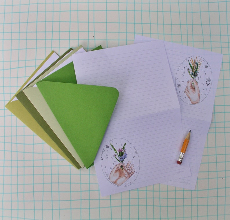 Tiny posie bouquet Stationery Paper Set illustrated image 0