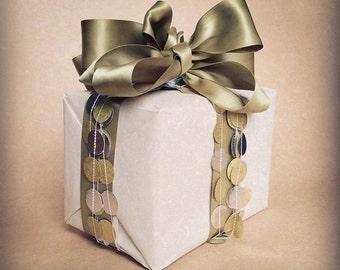 The Original Gold And Silver String of Circles Paper Garland Holiday