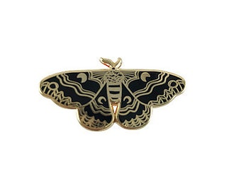 Enamel Pin Black Moth