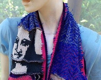 Decorative scarf with patches of knit and Mona Lisa face