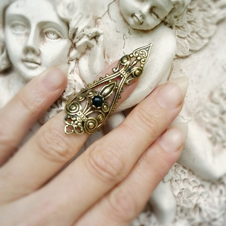 Raven's Dire Nail Ring Claw Ring Vintage Brass filigree image 0