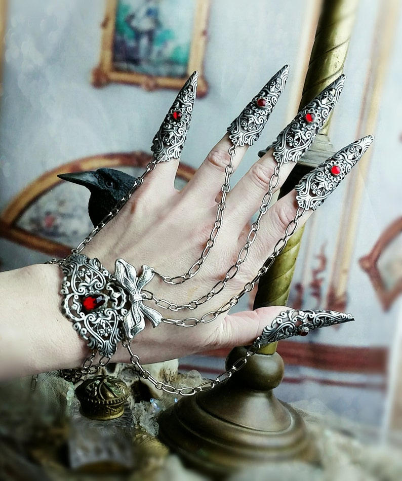 Vampire Nail Rings Armor Rings  5 piece Claw Rings Slave image 0