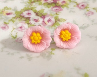 Light Pink Poppy Heavily Carved and Detailed Flower Stud Earrings with Surgical Steel Posts (SE10)