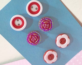 Surgical Steel Stud Earrings Gift Set, Red Flowers and Buttons (ES1)