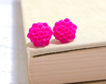 Small Little Bright Pink Chrystanthemum Mum Flower Stud Earrings with Surgical Steel Posts (SE18)