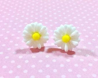 White Flower Earrings, White Daisy Stud Earrings, Flower Stud Earrings, Surgical Steel Posts, Gerbera Daisy Studs, KreatedByKelly (LB3)