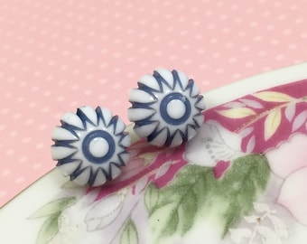 Retro Earrings, Peppermint Stud Earrings, Blue Daisy Studs, Blue Starburst Studs, Vintage Gumdrop Cabochon Studs, Stainless Steel (SE3)