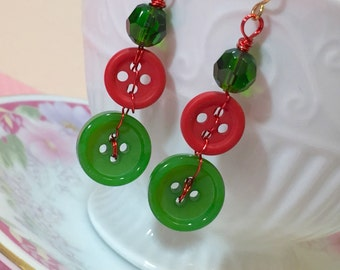 Button Earrings, Christmas Jewelry, Holiday Red and Green, Xmas Earrings, Festive Earrings made with Vintage Buttons, KreatedbyKelly