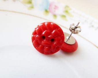 Red Stud Earrings, Vintage Button Earrings, Christmas Red Earrings, Vintage Bumpy Red Glass Earring Vintage Czech Glass Sewing Button (SE6)