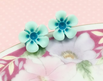 Aqua Daisy Stud, Aqua Flower Earrings, Aqua Daisy Earrings, Surgical Steel, Sensitive Ear Stud, Flower Girl Earrings, KreatedByKelly