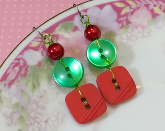 Christmas Earrings, Button Earrings, Shiny Green Pearl, Vintage Red, Glass Pearl, Surgical Steel, KreatedbyKelly