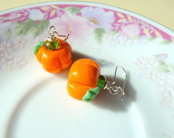 Pumpkin Earrings, Thanksgiving Jewelry, Halloween Earring, Lampwork Glass Pumpkin Earring, Orange Pumpkin Earring, Autumn Fall Earring (DE2)
