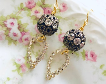 Mixed Metal Vintage Rhinestone Teardrops Dangle Earrings with Surgical Steel Earwires