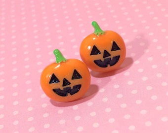 Smiling Jack-o-Lantern Pumpkin Face Earrings for Halloween with Surgical Steel Studs (SE16)