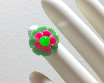 Lime Green Flower Ring, Vintage Assemblage Ring, Floral Statement Ring, Pink Green Flower Cocktail Ring, Vintage Button Ring, KreatedbyKelly