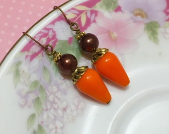 Pumpkin Orange Earrings, Fall Earrings, Autumn Earrings, Brown Pearl Earrings with Antique Gold Accents, Retro Chunky Earrings