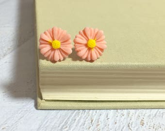 Peach Flower Earrings, Peach Daisy Stud Earrings, Flower Stud Earrings, Surgical Steel Studs,  Gerbera Daisy Studs, KreatedByKelly (SE8)