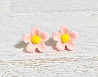Light Pink Daisy Studs, Pink Flower Earrings, Flower Girl Earrings, Sensitive Ear Studs, KreatedByKelly
