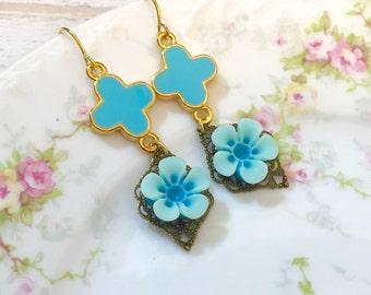 Turquoise Flower Earrings, Fleur-de-Lis Earrings, Turquoise Daisy Earrings, Estate Style Jewelry, Floral Earring, Handmade By KreatedByKelly