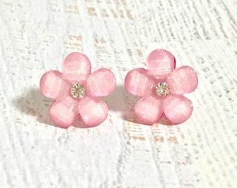 Pink Daisy Earrings, Rhinestone Flower Earrings, Pink Flower Earrings, Bridesmaid Wedding Jewelry, Resin Flower Earrings (SE2)