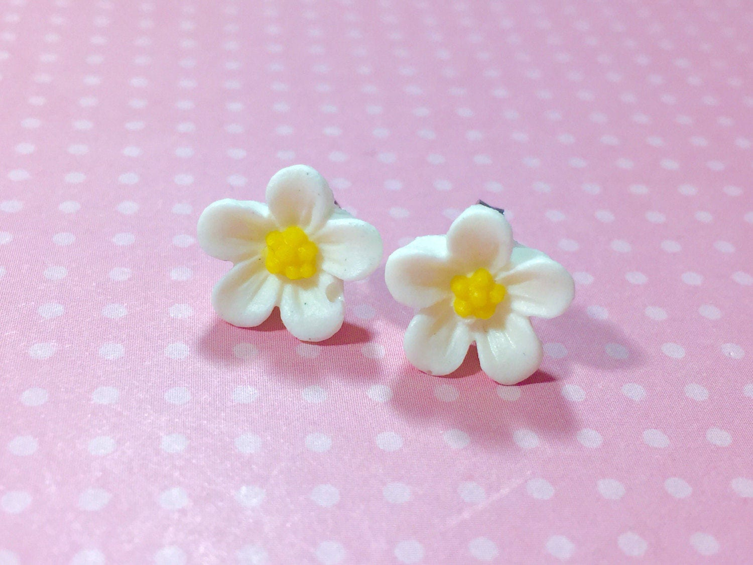 White Daisy Studs White Flower Earrings Flower Girl Earrings