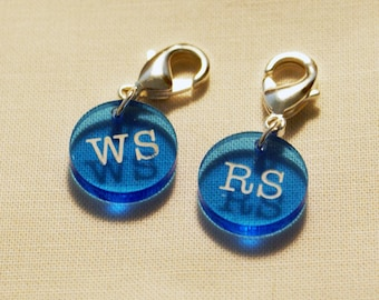 Stitch markers knitting - Right Side and Wrong Side clasped markers