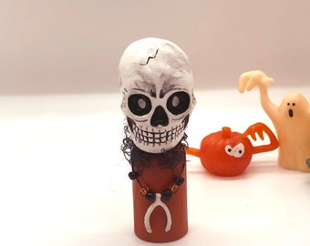 Turn Back Scary Cake Decorating Topper Decoration Set Molded Plastic Craft Projects,Party Use HALLOWEEN SKELETON With WARNING Signs Beware