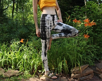 """hemp stretch yoga leggings - hemp and organic cotton - one of a kind hand tie dyed in black over white - extra small 27"""" inseam 35"""" outseam"""