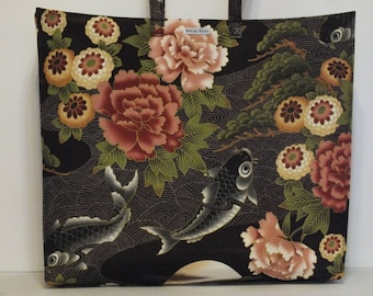 Limited Edition Market Line Bag, Market Euro Tall, in cotton print River Koi