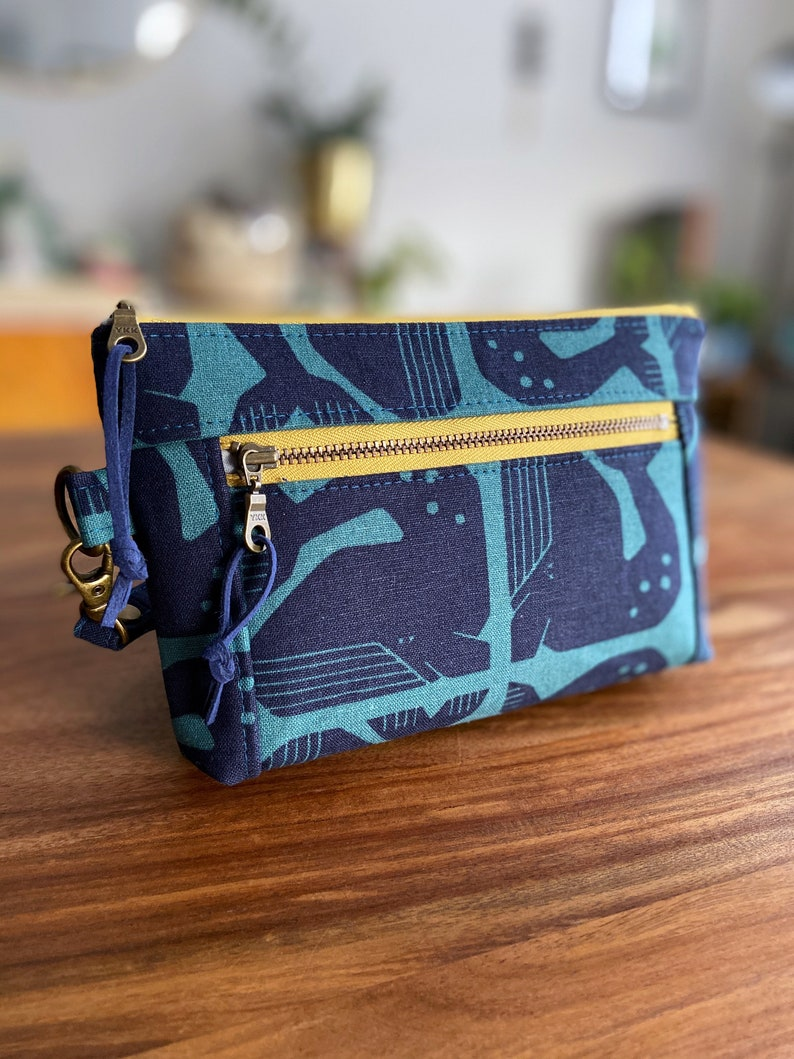 Grumpy Whales  Double Zip Pouch Wristlet  Navy Blue & Teal  image 0