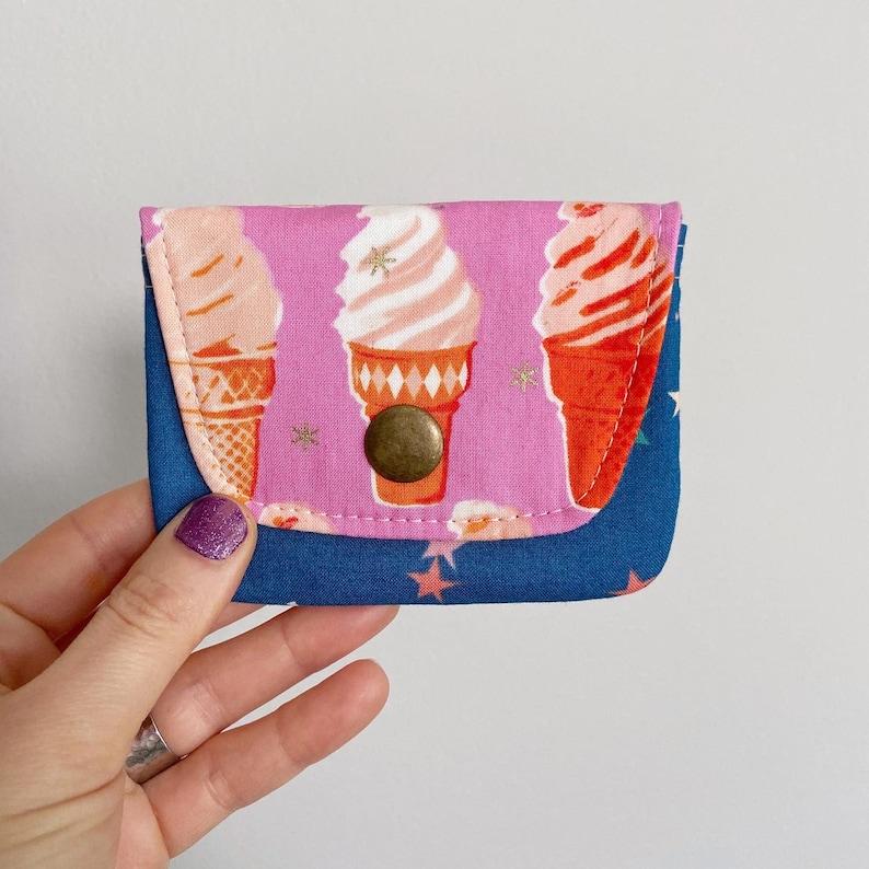 Retro Kitschy Ice Cream Cone & Stars  Card Case Snap Wallet  image 0
