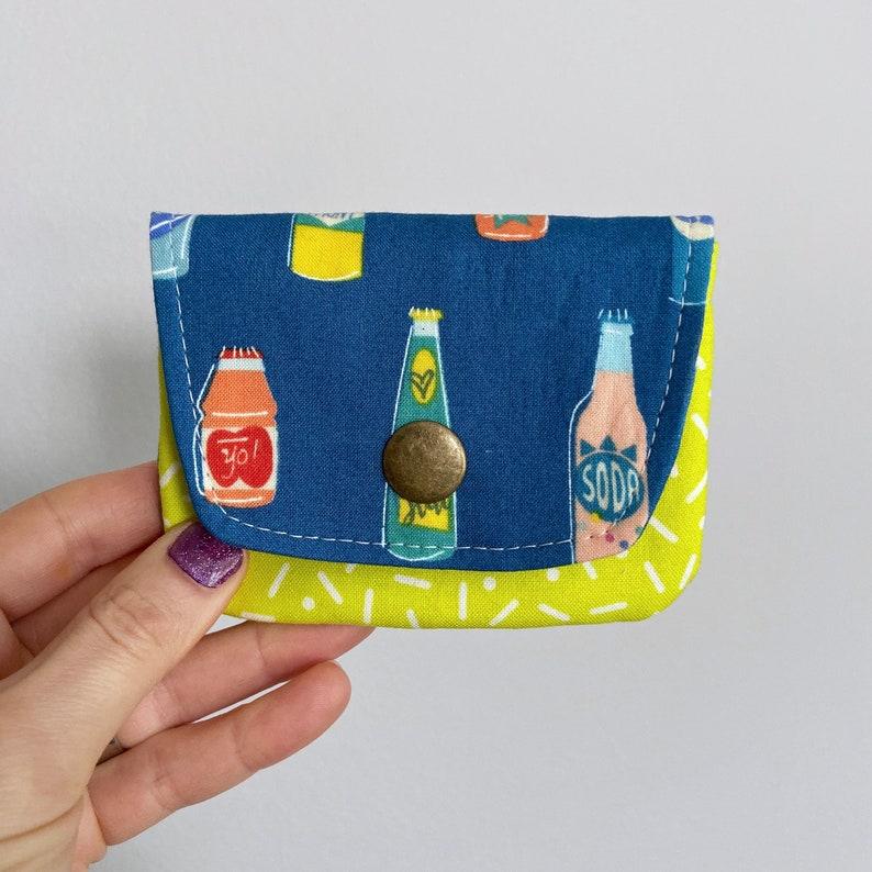 Card Case Snap Wallet  Retro Soda Pop & Lime Sprinkles  BESU image 0