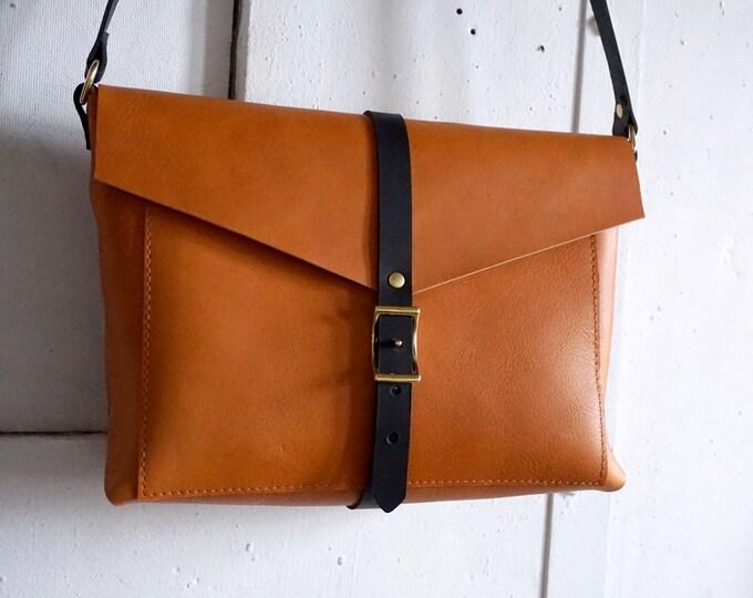 Brooklyn bag in honey and slate
