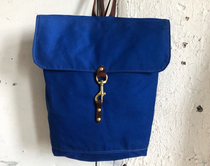Lightweight waterproof rucksack in cobalt