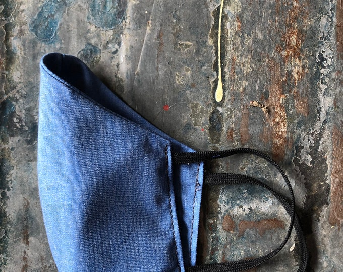 mask in light chambray